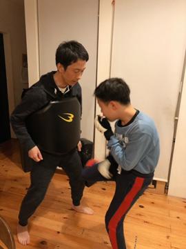 空手のトレーニングパートナー